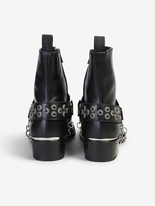 ALEXANDER MCQUEEN - Studded leather ankle boots